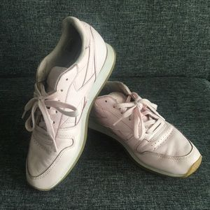 Light Pink Leather Reebok Runners